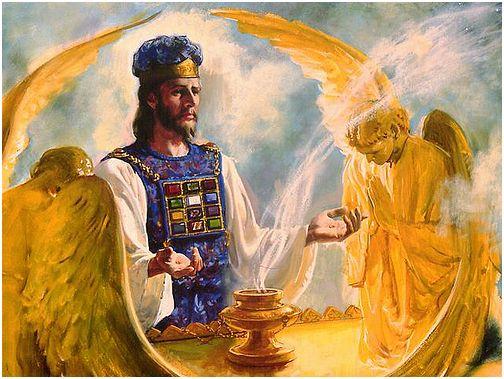 Jesus_high priest_cherubims