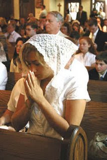 Head covering, Is it necessary for religious services?